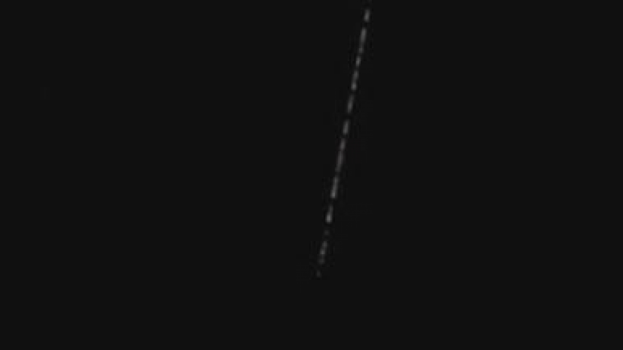 Train of Starlink satellite visible in the North Texas sky