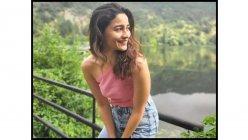 Ranveer Singh is all praises for 'Rocky Aur Rani Ki Prem Kahani' co-star Alia Bhatt's latest sun-kissed pictures