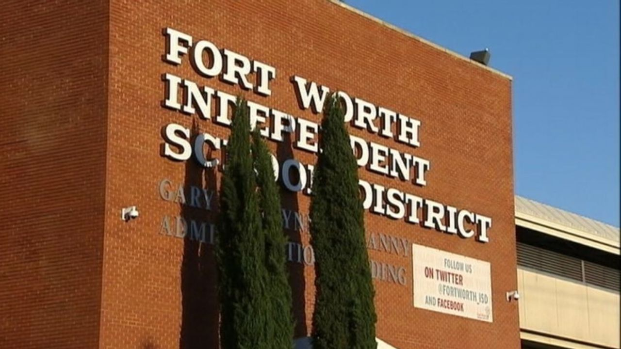 Fort Worth ISD pushes the first day of school to Sept. 8 along with 4 weeks of remote learning