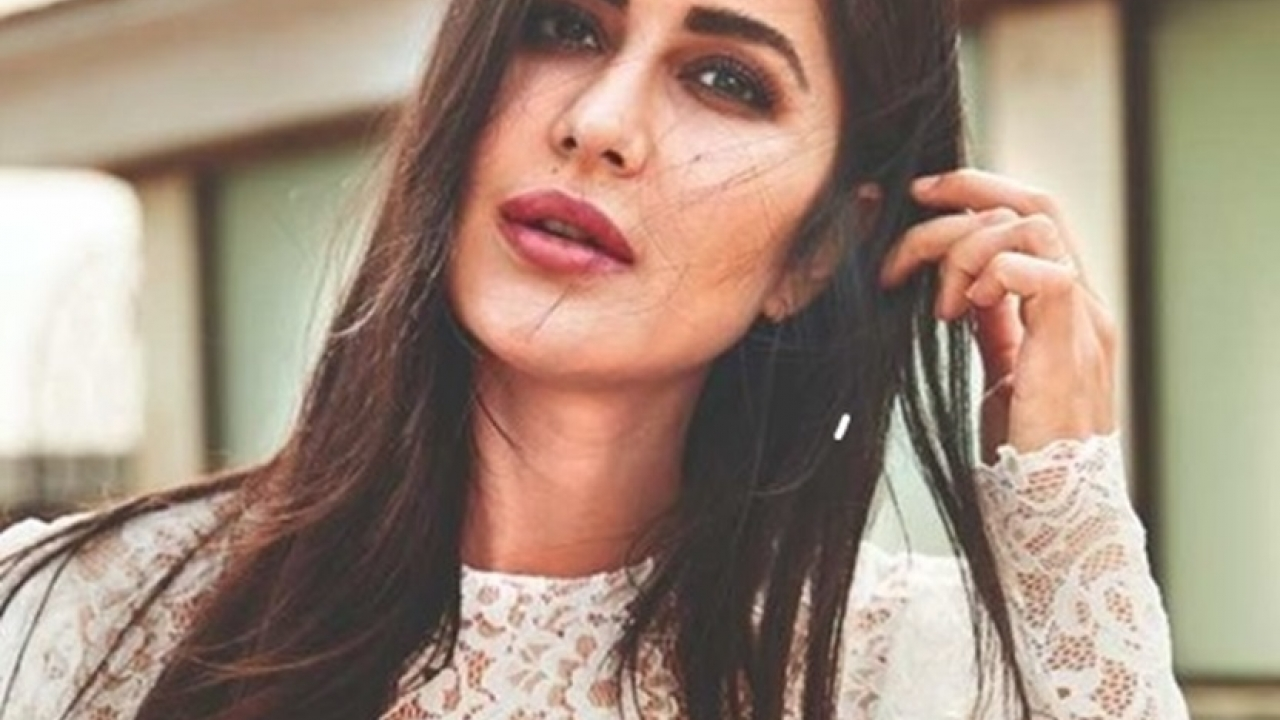 Katrina Kaif offered monetary help to 100 background dancers get back on their feet