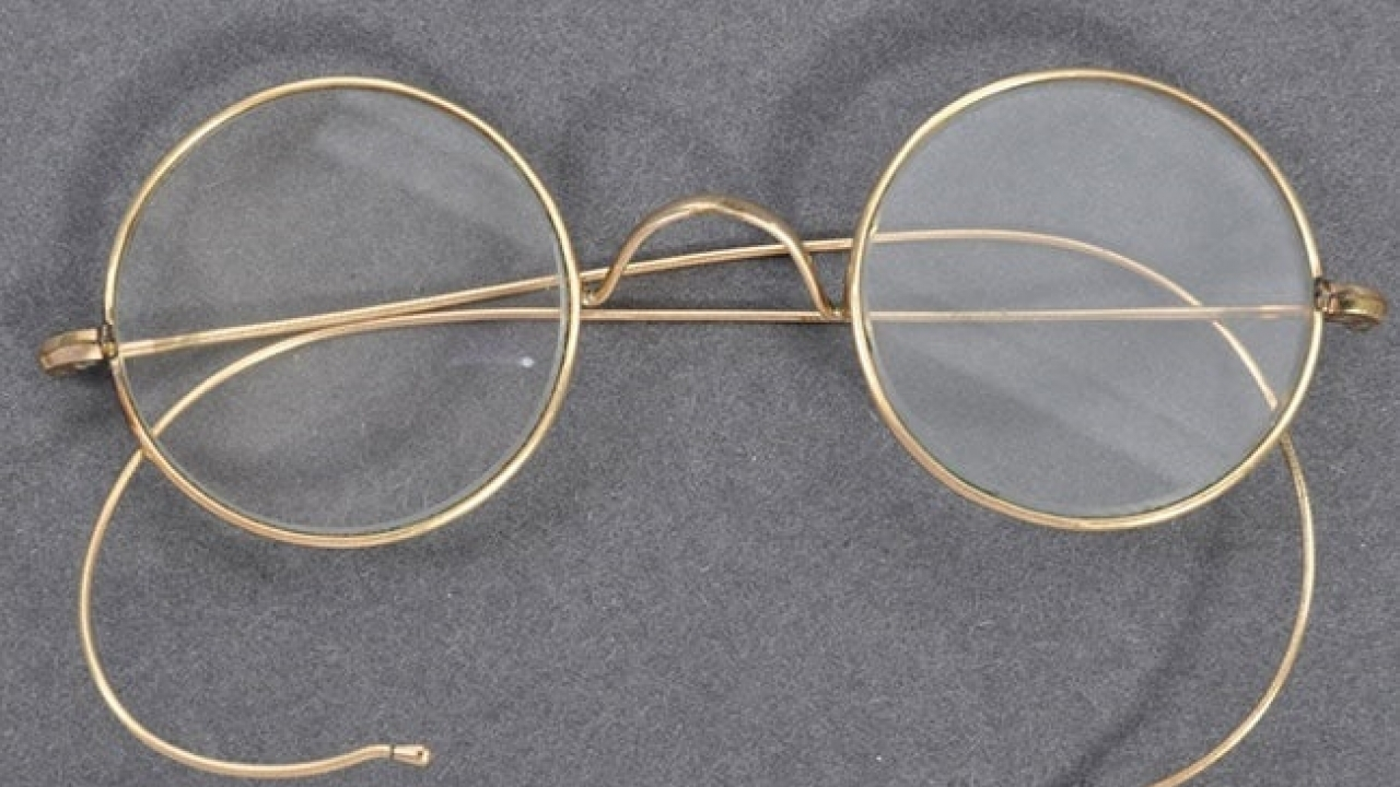 Mahatma Gandhi's Iconic gold-plated Glasses Sold For $340,000 In UK