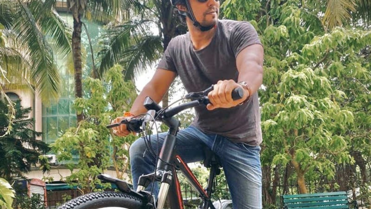 Randeep Hooda gets the 'best birthday gift', requests everyone to restart responsibly during the lockdown