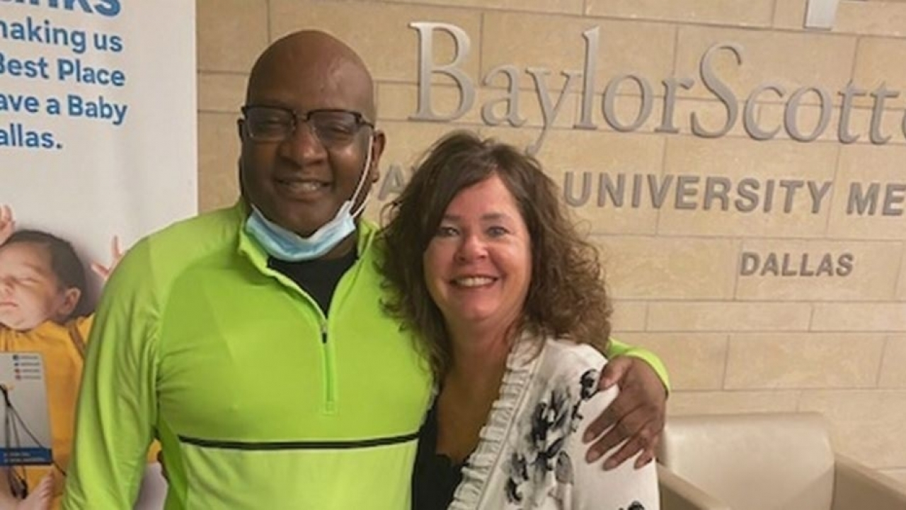 Dallas attorney on dialysis receives new kidney from his wife's jeweler when he went to upgrade her ring