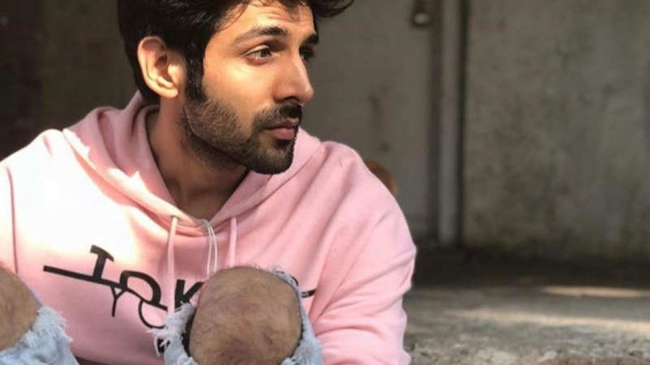 Here's how Kartik Aaryan is waiting for the vaccine!