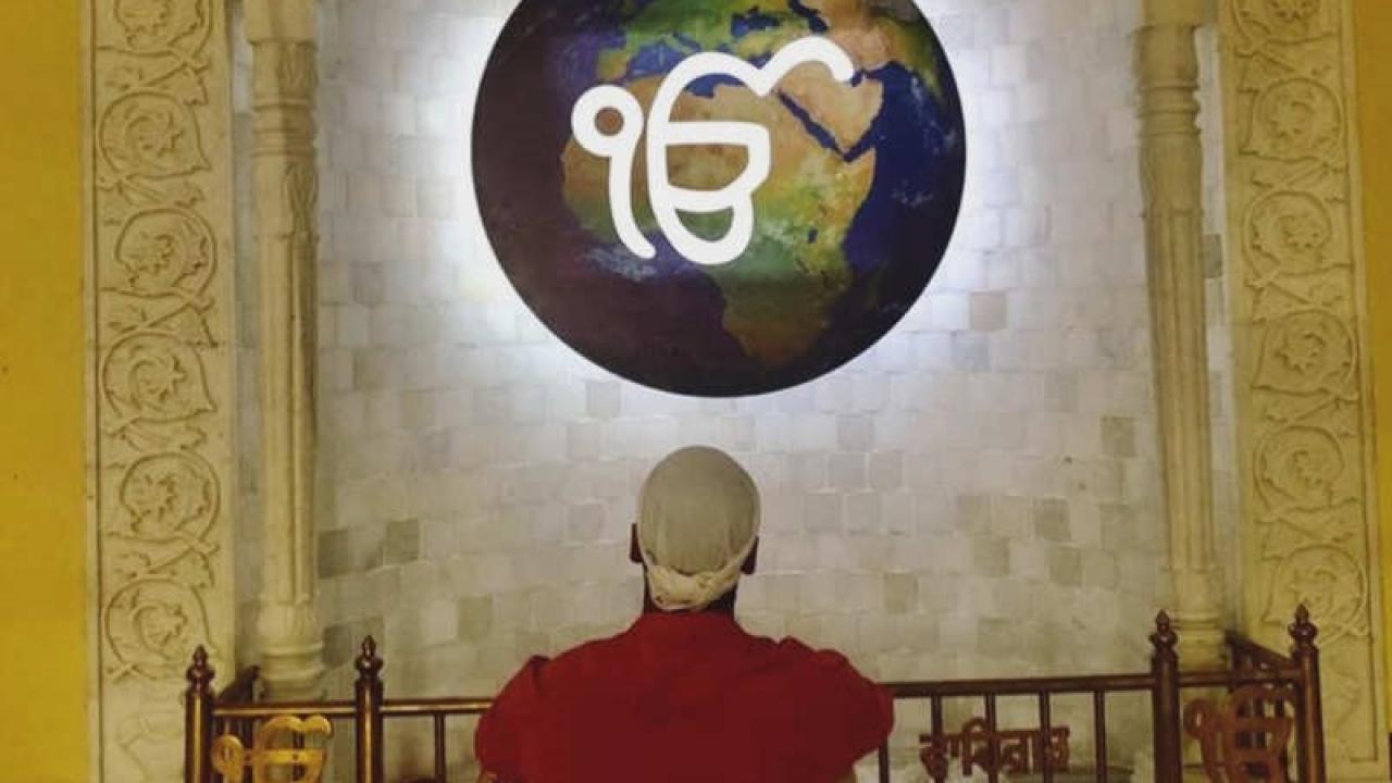 Akshay Kumar calms down his day through prayers and devotion