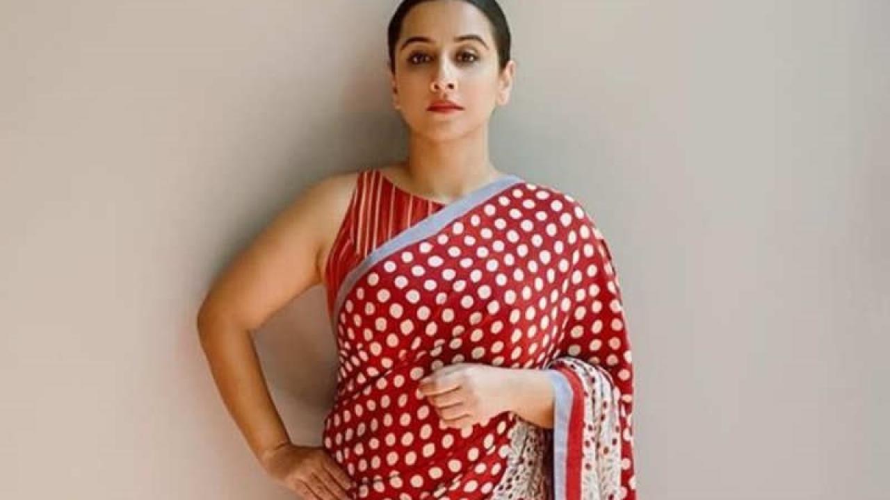 Vidya Balan looks stunning in THIS polka dot saree