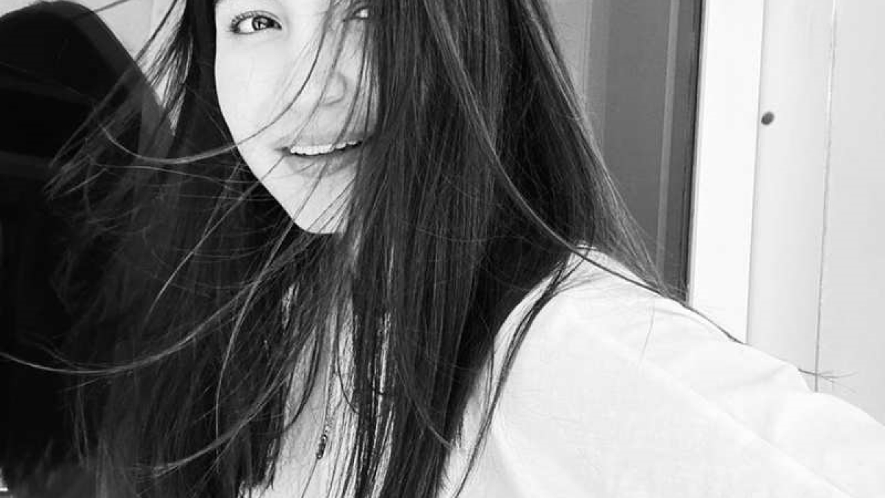 Anushka Sharma's latest monochrome picture is winning hearts over the Internet