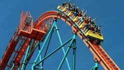 Six Flags cuts 10%  jobs as theme park attendance declines