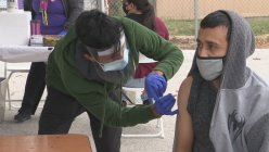 Parkland Hospital organizes drive-thru flu shot clinic at Dallas high school