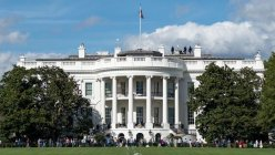 'No-climb' fence to be installed around White House, federal authorities say
