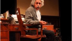 Naseeruddin Shah to return to the stage with his play Einstein