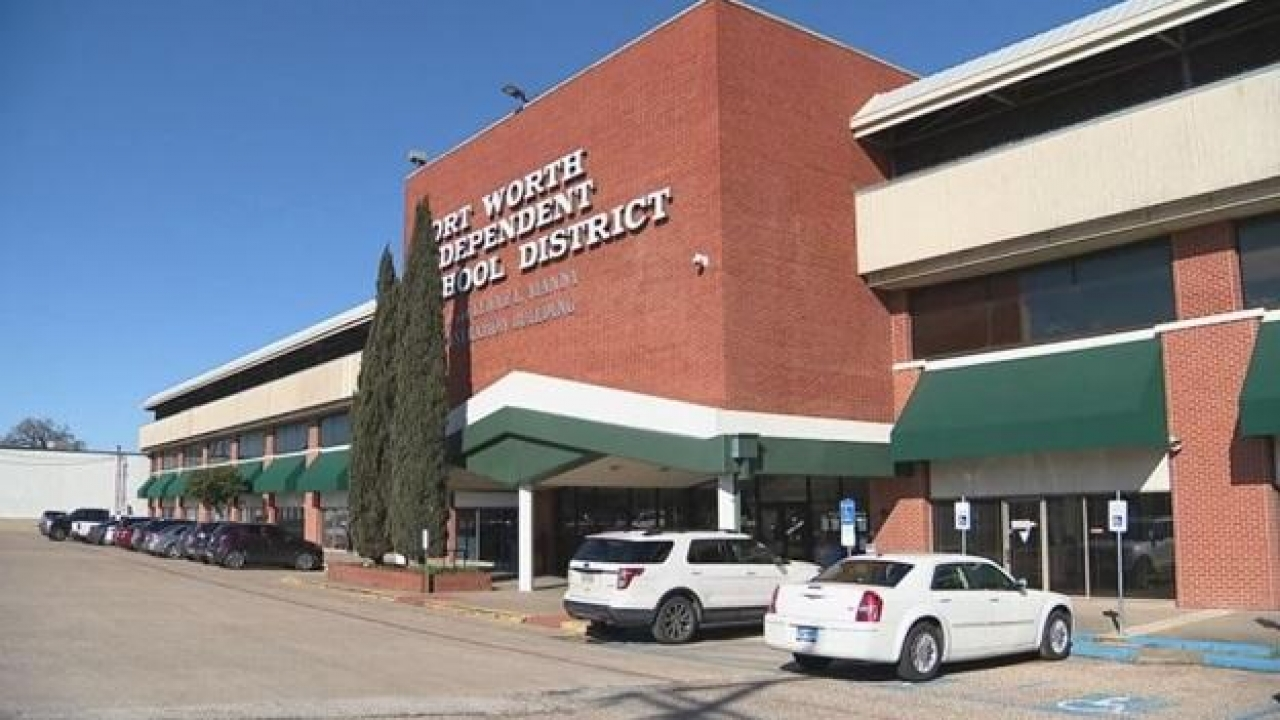 Fort Worth ISD teachers and staff to get COVID-19 bonus during the pandemic